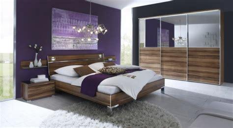 schlafzimmer in lila farbgestaltung f 252 r schlafzimmer das geheimnisvolle lila