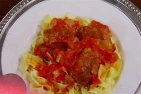 cucina con buddy ricette ricetta tagliatelle al sugo cucina con buddy ricettemania