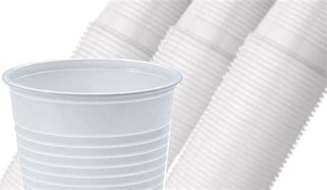 bicchieri in polistirolo bicchieri in polistirolo bicchieri in plastica e