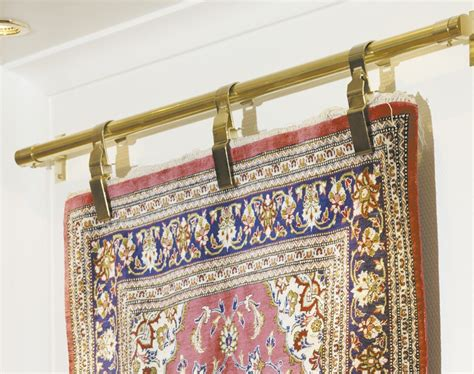 rug hanging how to hang an rug without damaging it