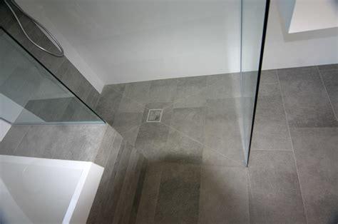 doccia a pavimento preventivo cambiare piatto doccia habitissimo