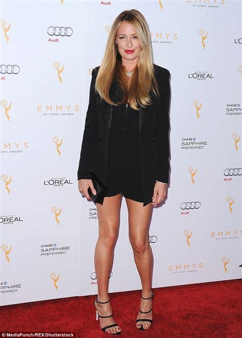 celebrity with knock knees celebrities with knock knees www pixshark images