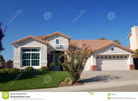 house photos free suburban house royalty free stock photos image 553878