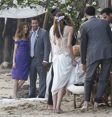 Wedding Song Adam Sandler by Adam Sandler And Attend Friend S Wedding Arabia
