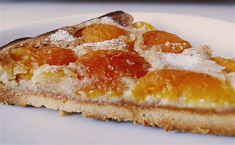 kuchen mit aprikosen aprikosen marzipan kuchen rezept mit bild moony42