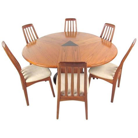 Mid Century Modern Expandable Dining Table Mid Century Modern Teak Dining Set With Expandable Table At 1stdibs