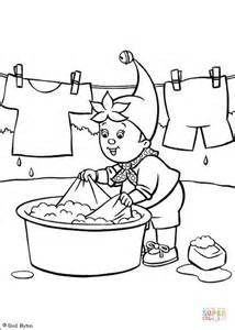 washing coloring sheet noddy washes the clothes coloring page free printable