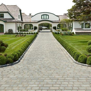 Who Had The Best Sidewalk Style This Year by 9 Best Images About Driveway Landscaping On