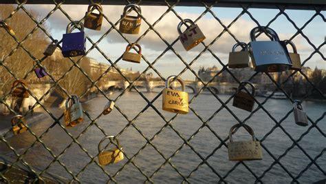 cadenas montañosas de francia wikipedia file cadenas des amoureux sur le pont des arts jpg
