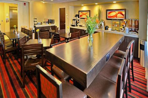 L Plus Denver by Best Western Plus Denver International Airport Inn Suites Denver Co Hospitality