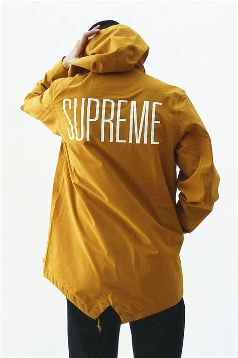 supreme clothing brand 1000 ideas about supreme brand on streetwear