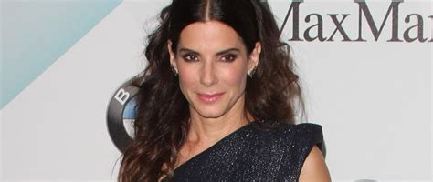 sandra bullock pictures videos breaking news sandra bullock recruiting brother in law to play santa
