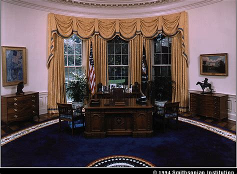 The White House A Living Museum 24 Oct 1994 White House Oval Office Desk