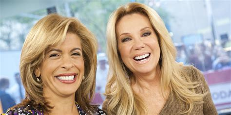 hoda and kathy lee hairstyle pictures 2015 moms stage nurse in at the today show after hoda kotb s