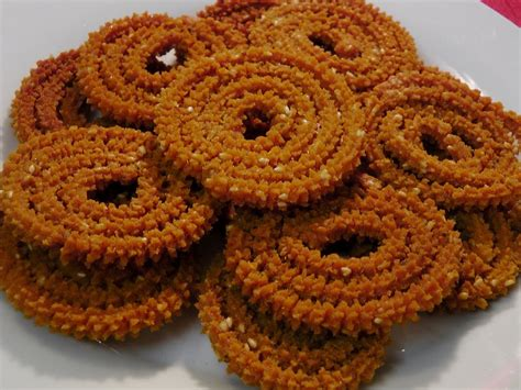 चकल च भ जण Chakli Bhajani In Marathi Chakali Murukku Tastes As As Bhajani Chakali