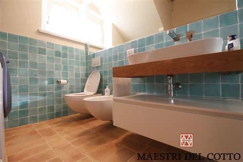 bagni in cotto pavimento in cotto per bagno cotto fatto a mano e cotto a