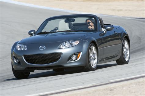 mazda mx  miata safety review  crash test ratings  car connection