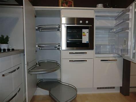 küchenblock weiß hochglanz wohnzimmer braun wei 223 gr 252 n