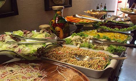 1448674034 delicioso brasil portugues frances salada para casamento verona buffet de cr 234 pe fran 231 aise