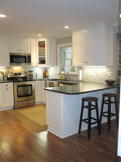 17 best ideas about small kitchen layouts on