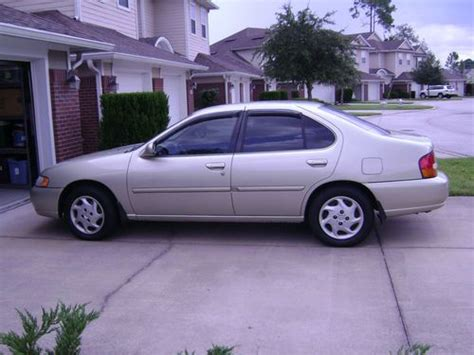 1998 Nissan Altima Mpg Sell Used 1998 Nissan Altima Gxe Sedan 4 Door 2 4l In