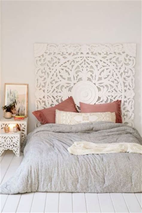 Canvas Headboard Ideas by 25 Best Ideas About Canvas Headboard On