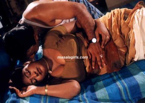 hot bedroom vedios aunty dengulata hot mallu aunty uncle in bedroom mallu