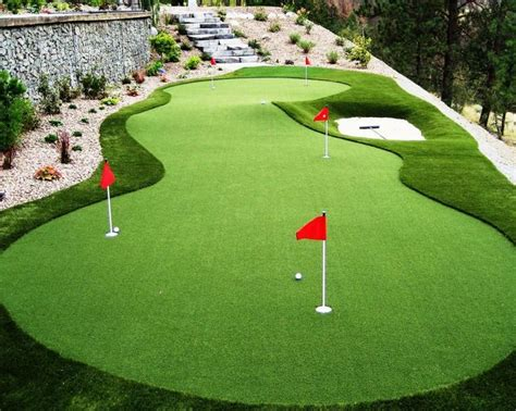 putting turf in backyard best 25 backyard putting green ideas on pinterest