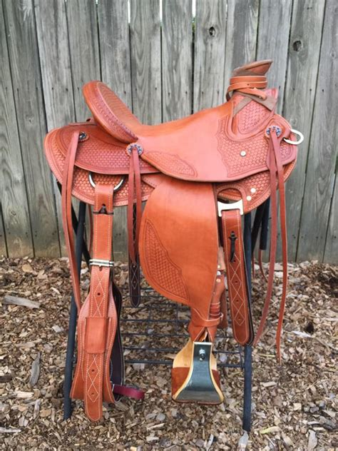 Horse Tack Giveaway 2017 - how i bought a custom saddle for under 1500 double diamond hill ranch