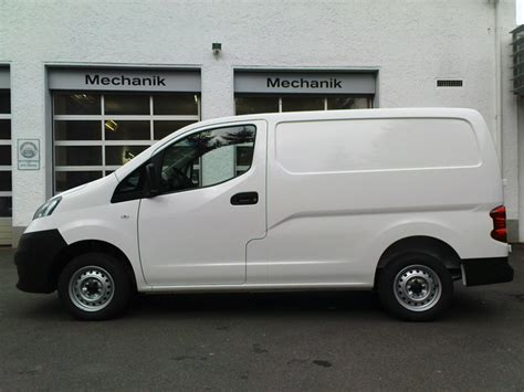 nissan nv200 white nissan nv200 price modifications pictures moibibiki