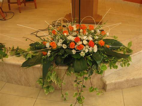 fiori arancioni per matrimonio allestimenti floreali matrimoni cerimonia religiosa