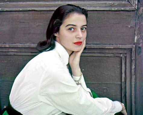 biography marisa pavan