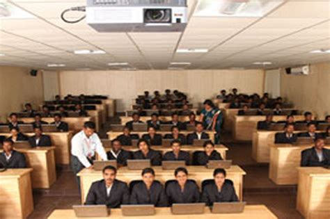 Mba Logistics Colleges In Chennai by B A In At Vels Jeduka