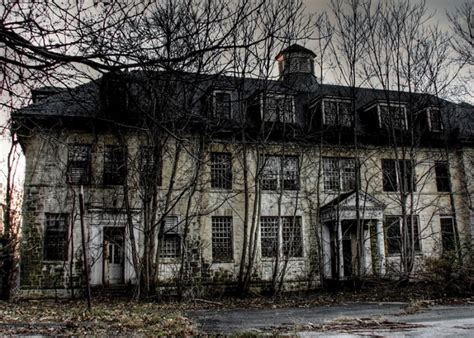 abandoned places to explore 565 best images about abandoned places on pinterest