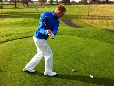 stop sliding in the golf swing the correct hip movement in the golf swing youtube
