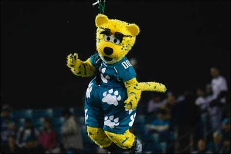 jacksonville jaguars mascot jaguars stupid mascot tells stupid joke everyone