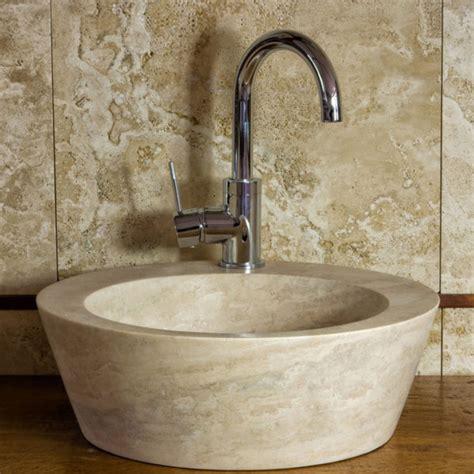 lavabo in travertino per bagno lavabo da bagno in travertino quot fonte quot pietre di rapolano
