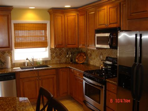oak kitchen ideas oak cabinet backsplash best home decoration class