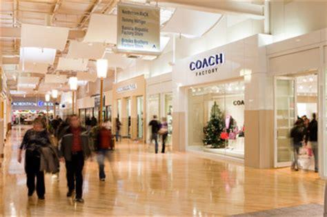 travel visit shop at potomac mills 174 a shopping mall located at woodbridge va 22192 4654