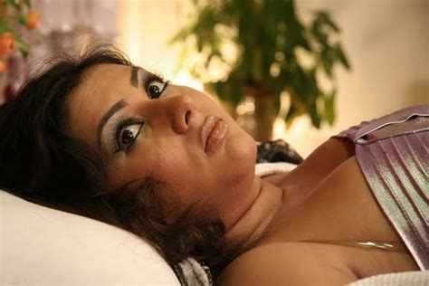 hot bedroom since ondiessemellyandro blog namitha hot photos from bedroom