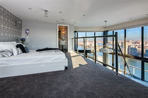 frank sinatras nyc penthouse  sale