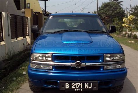 Opel Blazer Lt 2002 mobil kapanlagi dijual mobil bekas bekasi opel