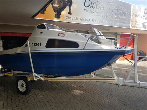 cabin cruisers for sale cabin cruiser boats for sale brick7 boats