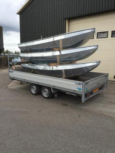 nieuwe stalen roeiboot stalen roeiboot nieuw volbad verzinkt advertentie 718954