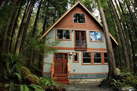 Mt Baker Cabins by Rustic Meets Industrial In These Two Mt Baker Cabins Curbed Seattle