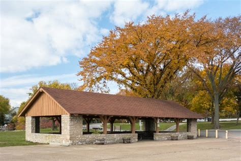 public boat launch port clinton ohio reservable picnic shelter picture of catawba island