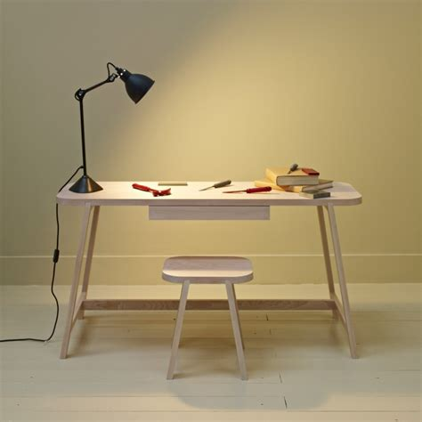 Desk For Small Spaces 10 Easy Pieces Desks For Small Spaces Remodelista