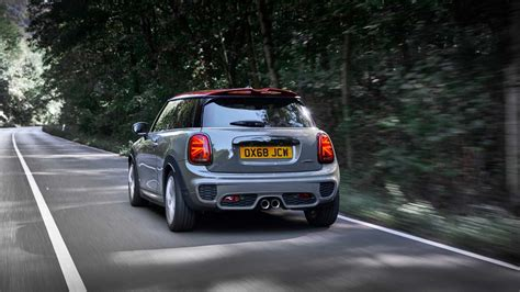 2019 Mini Cooper Jcw by 2019 Mini Cooper S Jcw Updated Version Revealed For Europe