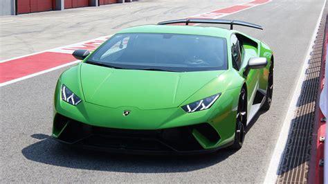 Lamborghini Huracan Kosten by 2018 Lamborghini Hurac 225 N Performante First Drive Review