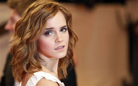 25 gorgeous emma watson wallpapers creativemisha